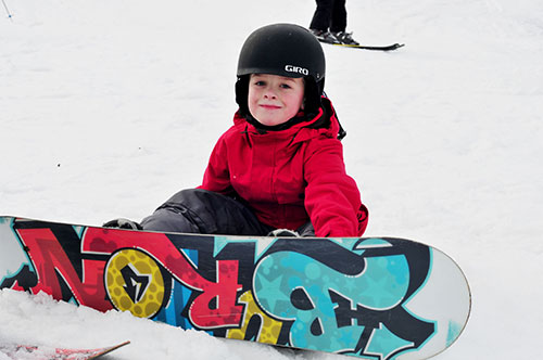 Kid Snowboard - Mount Pleasant of Edinboro
